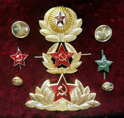 Soviet Russian cockades,  asterisks & buttons of Army USSR, 1970