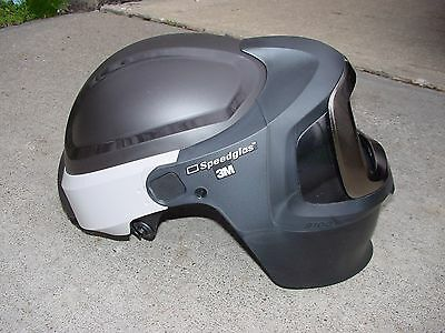 3M Speedglas 9100 MP Welding Helmet w/ventilation hood and tube connection