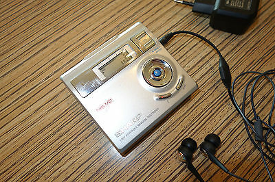 Sharp IM DR 410  MD Minidisc Recorder Player    (24) Silber mit NET Zugang + NT
