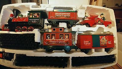 EZTEC Santa Express Christmas  Train RC G Scale Lights Sounds Battery Operated