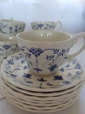 Blue & White Yorktown by Salem China Co. ENGLAND 7 Tea Cups and 7 Saucers