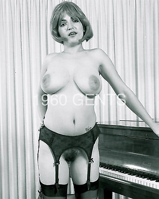1970s NUDE 8X10 BUSTY BIG NIPPLES SHELEI GEORGIADES PHOTO FROM ORIGINAL NEG-2
