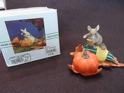 """Charming Tails Figurine by Den Griff - """"Frosting Pumpkins""""  85511"""