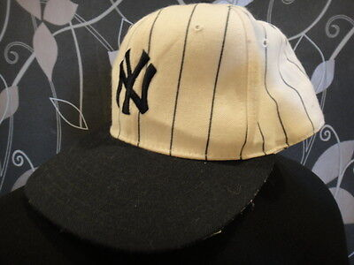 Nos Vtg 80's New Era Ny New York Yankees Baseball Fitted Cap / Hat Mlb Size 7¼