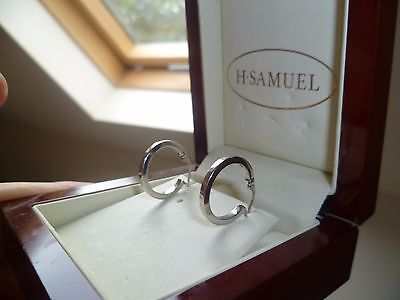 9ct 9K SOLID WHITE GOLD CREOLE HOOP PLAIN EARRINGS VGC