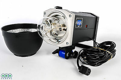 Hensel Integra 500 Monolight W/ W/CORDS; TUBE COVER; W/STANDARD REFLECTOR
