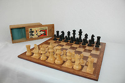 vintage K&C chess set and box