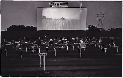 DRIVE-IN MOVIE THEATER Classic Cars by JACK GILLIS * VINTAGE 1975 ICONIC photo
