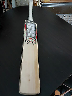 Powerfull English Willow Cricket Bat HUGE 43 mm Edge 9 Top Grains 3 POUND Weight