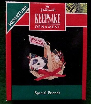 "Hallmark ""Special Friends"" 1991 Kitten & Puppy Miniature Keepsake Ornament  MINT"