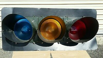 Huge Signal Traffic Light (MAN CAVE SPECIAL )HARD TO FIND
