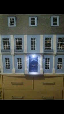 12 Scale Wooden Dolls House Fully Furnished And Decorated