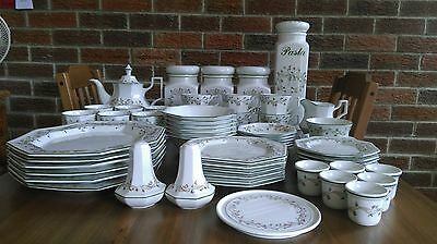 Johnson Brothers Eternal Beau 59 pieces