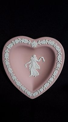 Wedgwood pink jasper ware heart shaped pin dish with dancing hour