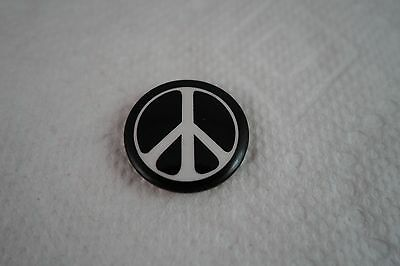 "Vintage Nos 1960's Anti-Vietnam - B&w Classic Peace Sign - 1"" Button Pin-Back"