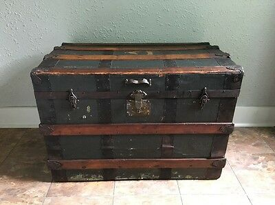 "Antique Steamer Trunk 32""x20x23 Large Storage Box Vintage Chest Coffee Table"