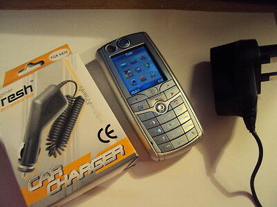 RETRO MOTOROLA C975 3G VIDEO CALLING  MOBILE  PHONE  ON 3 +charger +car charger