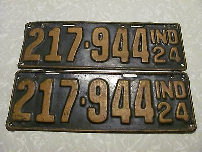 PAIR 1924 INDIANA LICENSE PLATE  original paint FREE SHIPPING #217944