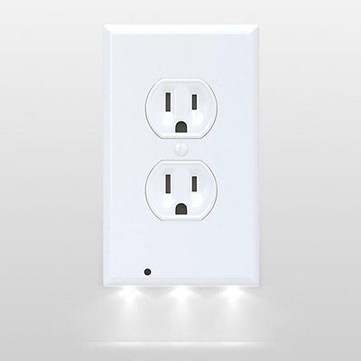 Cyres Internet Mall 5 SnapPower Guidelight LED Night Light Outlet Duplex White