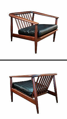 Early Milo Baughman Thayer Coggin Solid Walnut Spindle Back Lounge Chair 50's