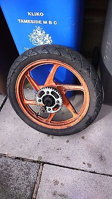honda cbf 125 rear wheel with sprocket, rubbers and spindal