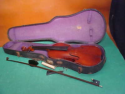 Estate Find - Vintage Czechoslovakia Violin dated 1720, with German Bow