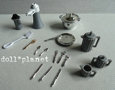 BARBIE DOLL SIZE Lot Silver & grey Tea Service and dish set miniatures dollhouse