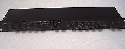 Alesis 3630 dual channel compressor/Limiter with gate