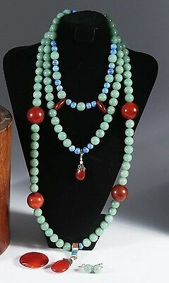 Antique Chinese 19th Century Court Necklace (Chao Zhu)