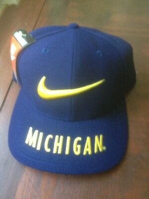 100% authentic 33c30 43e0e Vintage Nike Michigan embroidered NOS NWT snap back cap Reduced Price