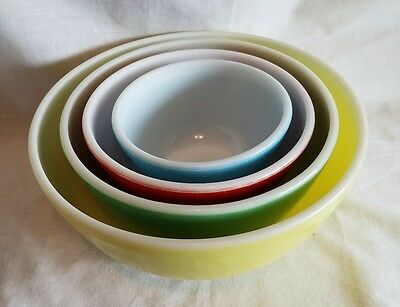 Set of 4 Vintage 1950's Pyrex Ovenware Glass Primary Colors Nesting Mixing Bowls