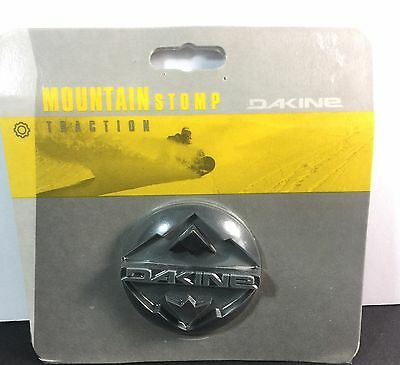 DAKINE Mountain Stomp Traction Snowboard 2100-108 Black Gray Discontinued