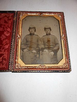 """""""Confederate""""  Civil War Soldiers 1/2 Plate Ambrotype & Full Case"""