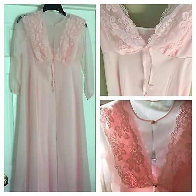 Vtg Henson Kickernick Floral Lace Peignoir SET Long Negligee And Robe -Loose Hem