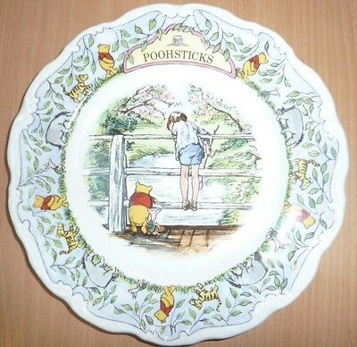 Royal Doulton The Winne-the-Pooh Collection Decorative Plate.