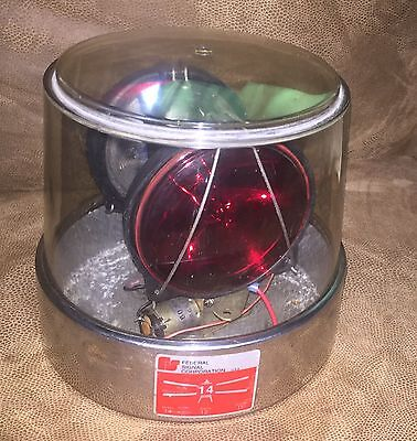 Vintage Federal Signal Model 14 Beacon Light -- A Very Nice Clean Light --