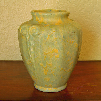 Classic Camark Art Pottery Gray and Yellow Mottled Vase Arts & Crafts #412