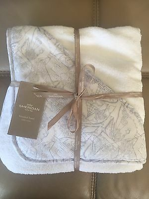 Sheridan Delaney Hooded Baby Towel Baby Shower Gift Brand New Grey Pattern