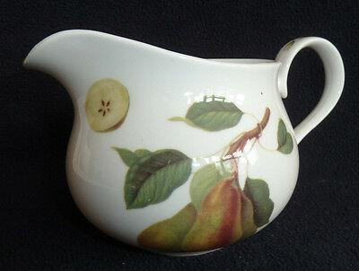 RHS Hooker Queens's Fine Bone China 400 ml Jug Pear Fruit Motifs / White