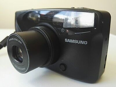 Samsung AF Slim Zoom 35mm compact film Camera with case & BATTERY & NEW FILM