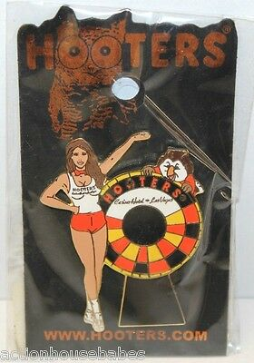 Hooters Restaurant Girl Spinning Roulette Wheel Casino Hotel Las Vegas Nv Pin