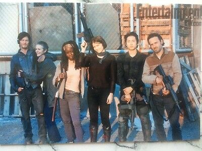 the walking dead Cast Unsigned