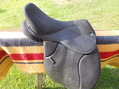 Thorowgood Griffin 17 Inch Saddle