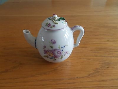Franklin Mint - Mennecy - Small Miniature Teapot - Porcelain