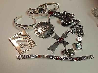 Fine Sterling Silver Native American & Mexican Jewelry Lot 200.3 Grams  All nice