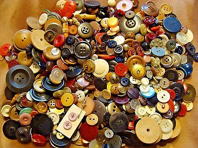 1 Lb.11 Oz. Lot Vintage Sewing Buttons Art Deco Swing Crafts Wood Metal Lucite