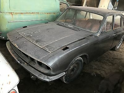 1971(J)Triumph 2000 Tc For Restoration,manual Gearbox,comes With V5C Reg Doc