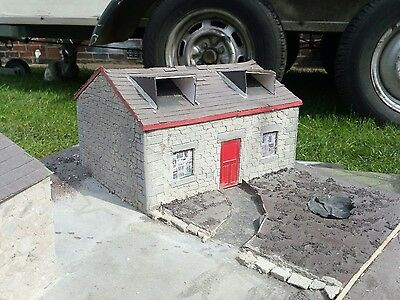 1/32 Small Stone Farm House Conversion Scratch Built Britains Shed