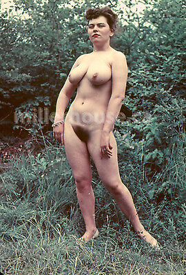 1950's Busty Brunette Original Nude Pin-Up 35mm Film Transparency Slide Photo #3