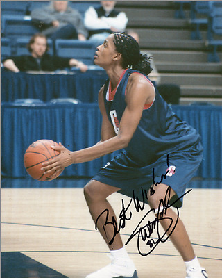 SWIN CASH UConn women basketball SIGNED AUTOGRAPHED 8x10 glossy PHOTO